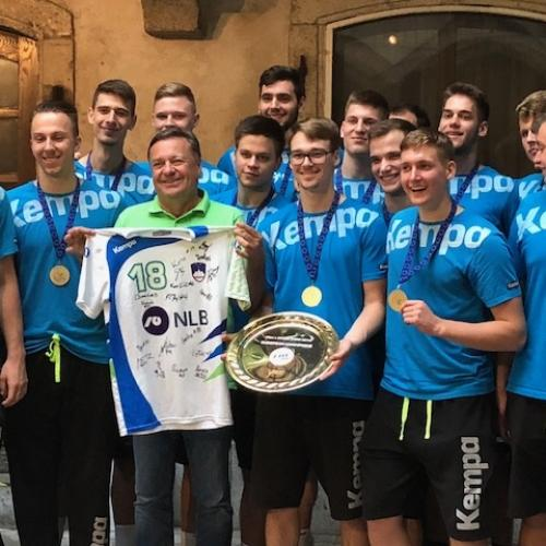 Reception of young Golden Slovenian handball players, photo: archive MOL