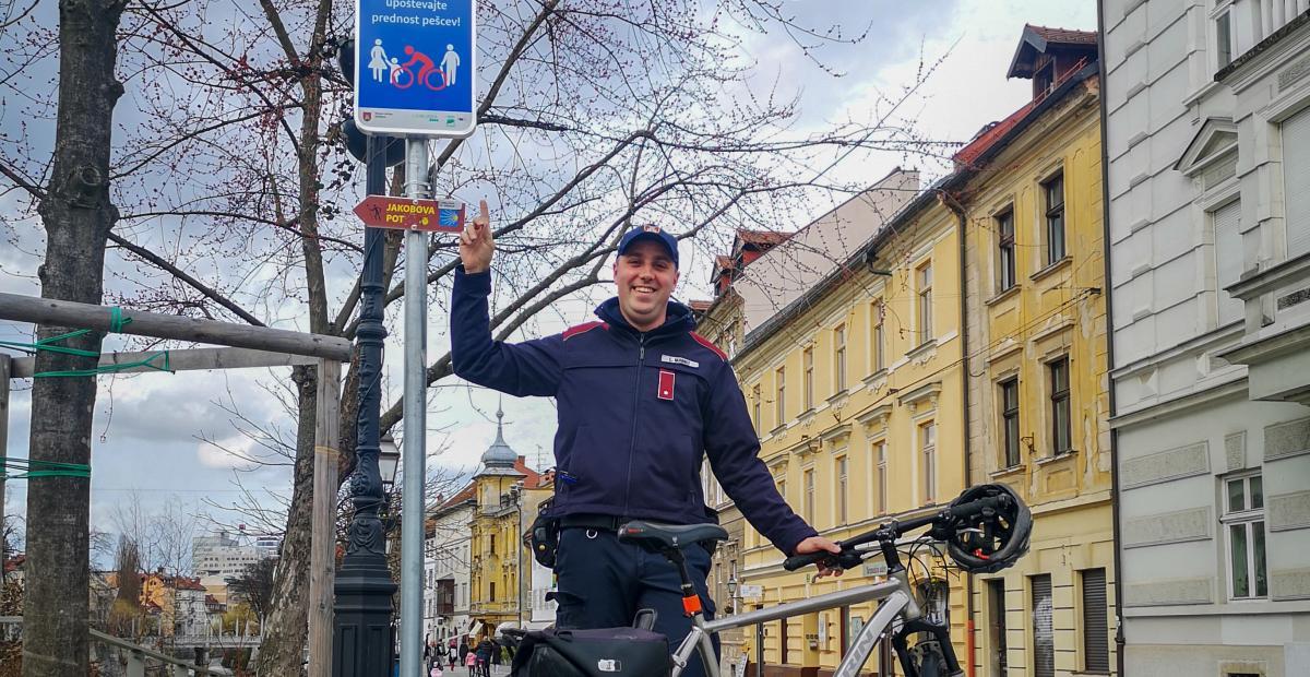 Mestni redarji skrbijo za javni red, mir in varnost Foto: MR